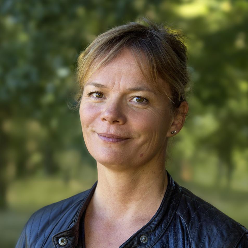 Pia    Möller